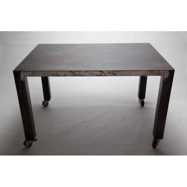Tavoli pieghevoli con ruote tavolo pieghevole con vano for Tavoli pieghevoli con sedie